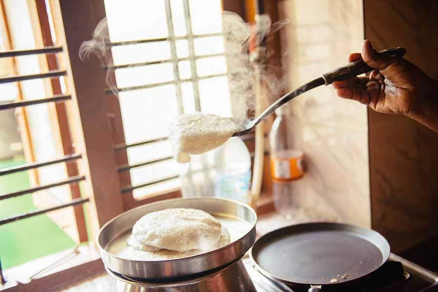 готується сніданок