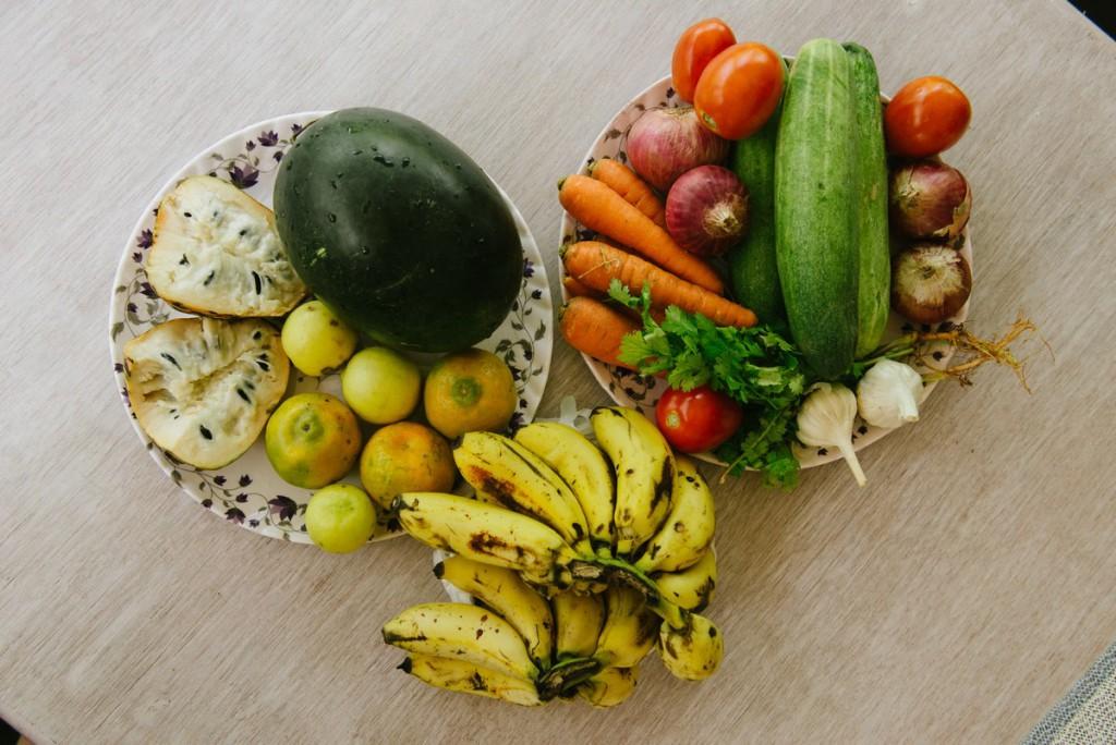 Овочі-фрукти ціною до 200 рупій ($3)